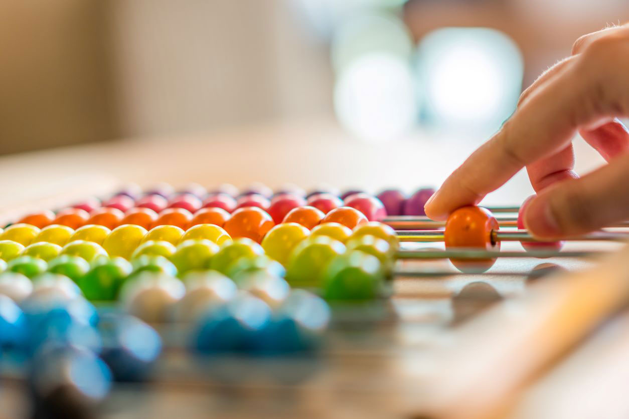 11Calculating on colourful abacus